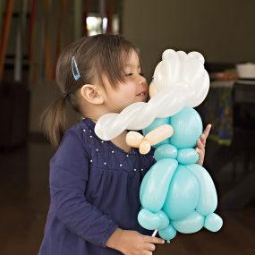 Kids-Love-Balloons-001